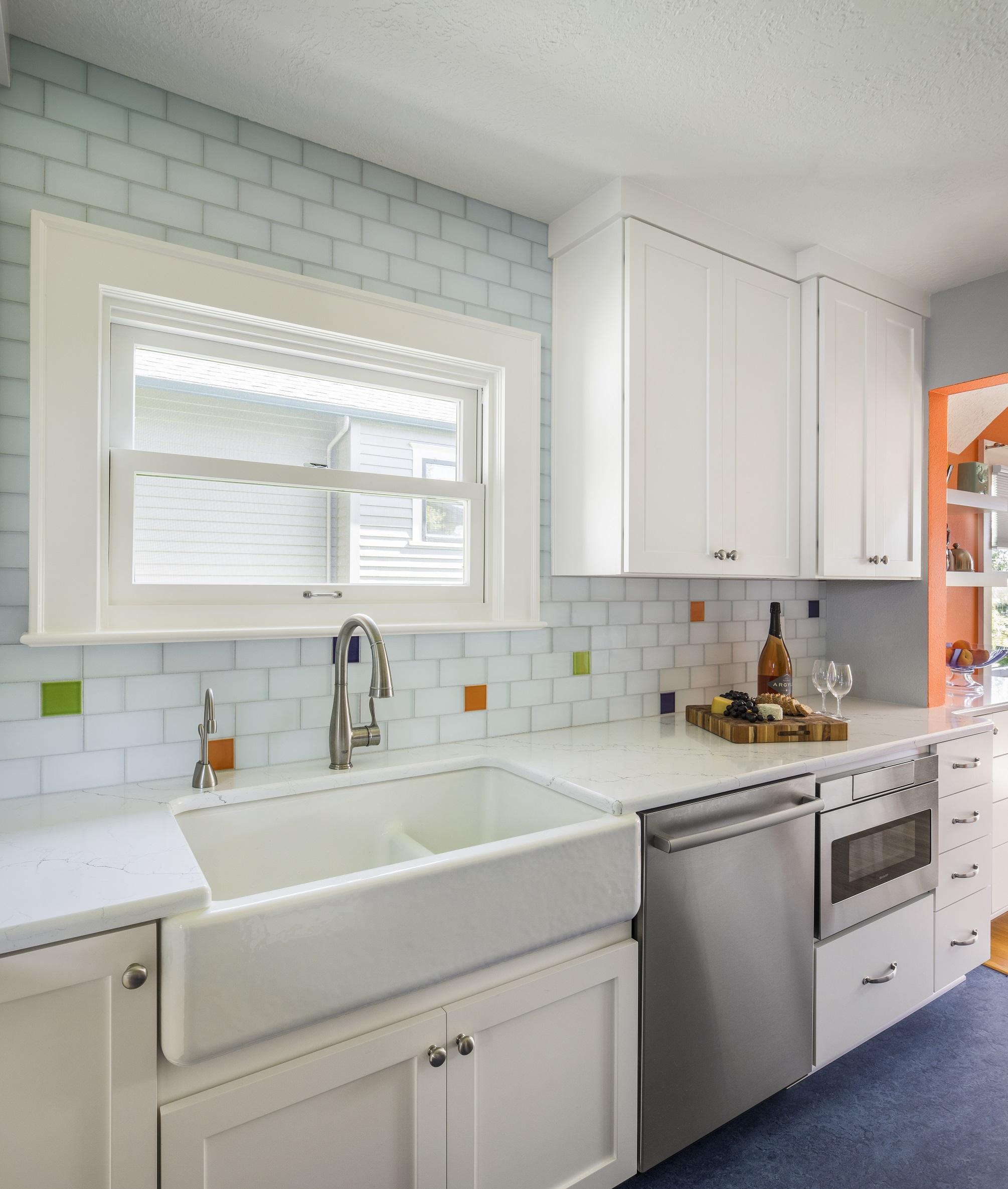 Classic kitchen remodel in Salem Oregon by C&R Remodeling